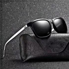 DJXFZLO Kacamata Frame Classic Retro Polarized Sunglasses UV400 - C4 - Black - 2