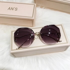 Oulylan Kacamata Frame Classic Polarized UV Protection Gradient Sunglasses - TYJ07098 - Gray