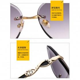 Kacamata Wanita Luxury Sunglasses Anti UV - Black - 4