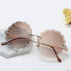 Kacamata Fashion Wanita Frameless Flower Cut Sunglasses - Brown