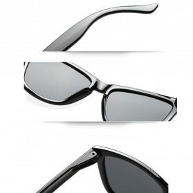 Aoron Kacamata Sunglasses D Shape Polarized - 9821 - Black/Blue - 4