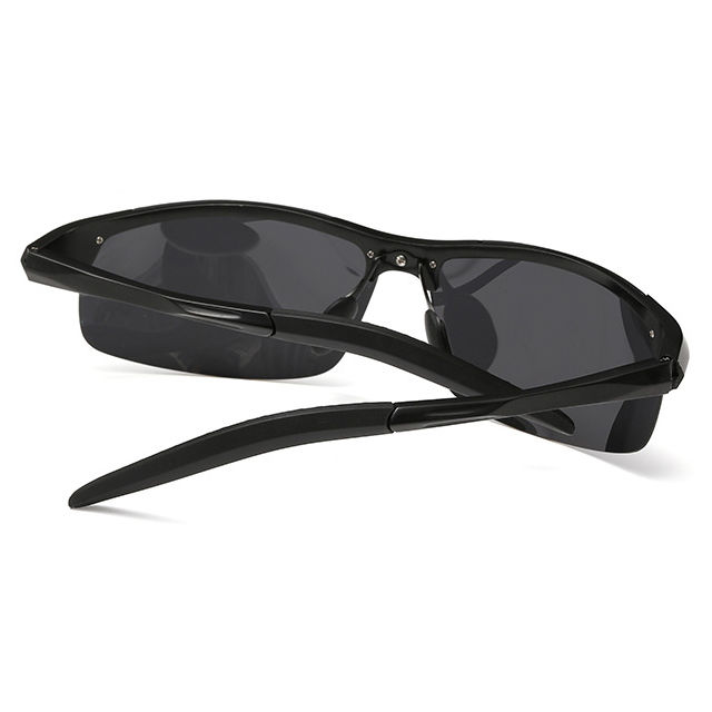 Kacamata Hitam Pria Magnesium Polarized Sunglasses - 8177 - Black - 6 .