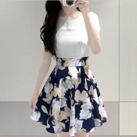 Dress Wanita Big Flower Korean Style Dress Size L - White