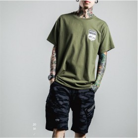 Kaos Katun Pria Diamond Letter O Neck Size S / T-Shirt - Army Green