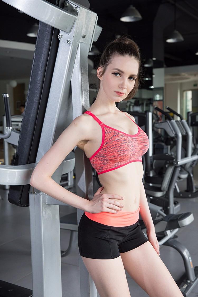 Celana pendek olahraga wanita sport fitness running shorts