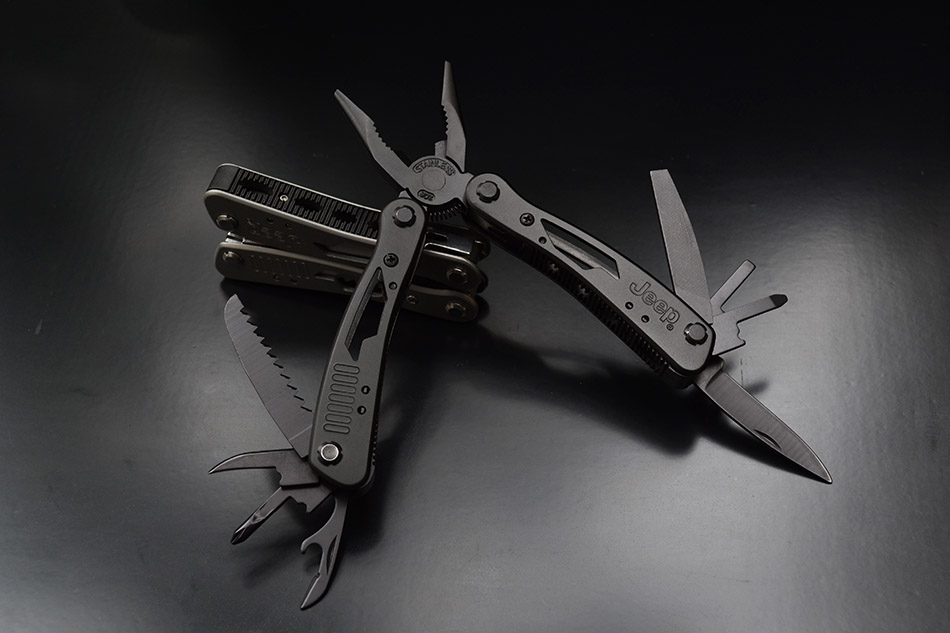 Jeep Multifunctional Edc Plier Survival Tool Stainless