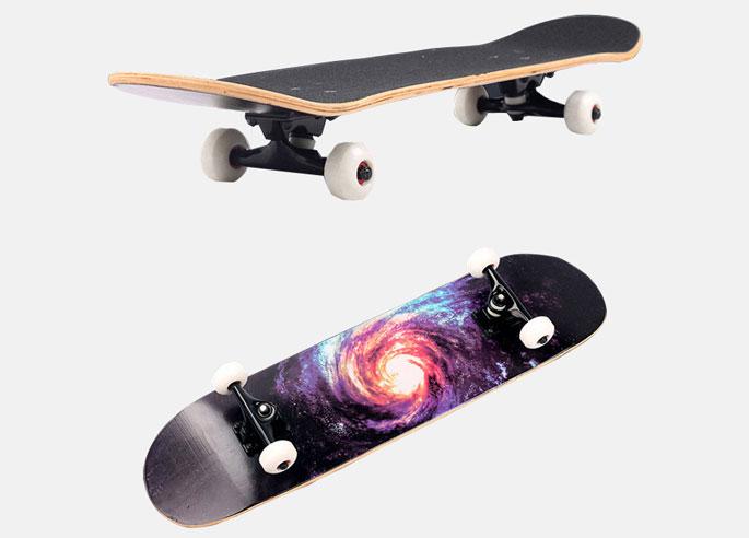 Bagian alas skateboard ini juga sudah dilapisi Sandpaper Jenis OS80 Black  Crape sehingga memastikan kaki Anda tak akan tergelincir atau antiskid  ketika ... 3f437f3fd6