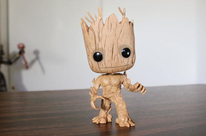 Action Figure Dancing Groot dari film Guardians of the Galaxy. Action  Figure Dancing Groot ini dapat menggoyangkan kepala dengan gerakan yang  lucu dan unik. c2a922421e